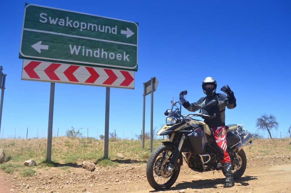 GS 800 a la croisee des chemins en namibie